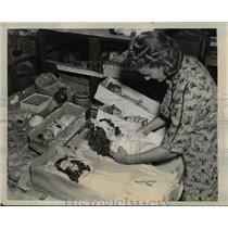 1938 Press Photo La Calif American Doll hospital to repair broken dolls