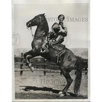 1933 Press Photo ucille Ranson on Billy Boy at Redwood Empire trophy rodeo