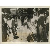 1930 Press Photo Rioters in Alexandria  Egypt
