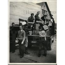 1933 Press Photo American Legion men at Long Beach Calif aid the Red Cross