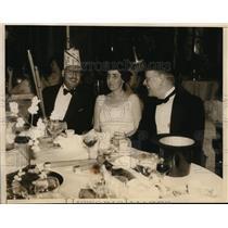 1935 Press Photo Castile Habor Bermuda Mrs. Philip S. Gardiner, Lord Carew