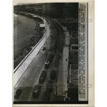 1946 Press Photo Havana Cuba-Double line of stalled buses for protest.