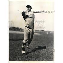 1935 Press Photo Rookie outfielder John Winsett at St Louis Cardinals Camp