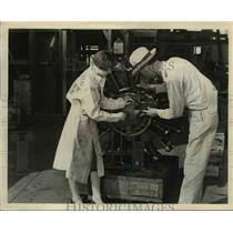 1929 Press Photo WB Click Southern Aero Service shop foreman & Margaret Thomas