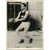 1927 Press Photo Wally Jayred Center Basketball Stanford University - nee67891