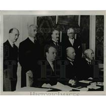 1938 Press Photo Ministers conferring in the Oslo state meeting.  - nee61317
