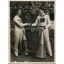 1932 Press Photo Robert Mieky of Army & Thomas Long of Navy cheerleaders