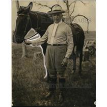 1927 Press Photo Foreign Minister Espimoza on Cabezas Battlefield  - nee77113