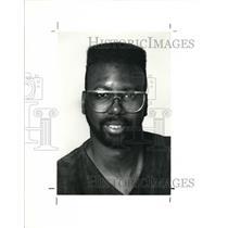 1990 Press Photo Fashion designer Vernon Robinson - cva41799