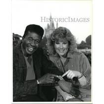 1987 Press Photo Joan Lunden & Ben Vereen on Disney World Happy Easter Parade