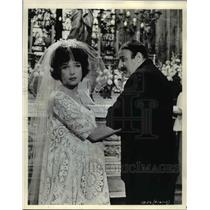 1963 Press Photo Shirley MacLaine and Lou Jacobi in Irma la Douce - cvp35595