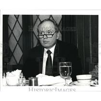 1988 Press Photo Bob Stalla speaker mid-day club - cva43579