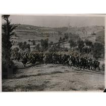 1928 Press Photo cavalry charge during Italian Grand Army maneuvers - nez20512