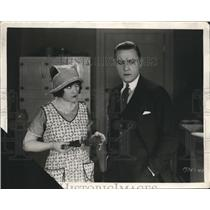 1925 Press Photo Husband Scowls as Wife Burns Meal in Scene from Hollywood Film
