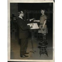 1923 Press Photo Harold Levey Youngest Composer & Betty Gulick Age 10 Author