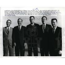 1968 Press Photo Five Men controls the world largest Airplane U.S.Air Force C-5