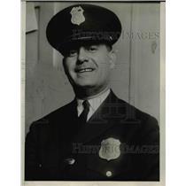 1927 Press Photo Park Policeman J.B. Lawlos