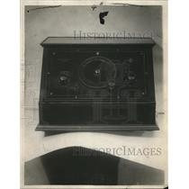 1925 Press Photo Colin B. Kennedy's one dial radio set - cva74416