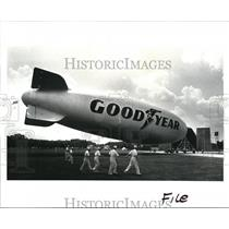 1987 Press Photo The Goodyear's biggest blimp called the City of Akron