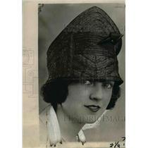 1920 Press Photo Bulgarian Turban in Black Straw & Satin Trimming