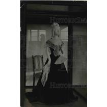 1921 Press Photo Mrs Van Buren's Inaugural Gown