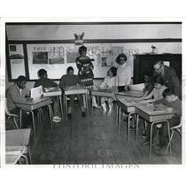 1971 Press Photo Students at Brett School for Retarded, Royal Rd. N.E., enjoy