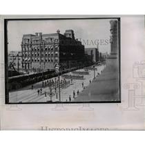 1905 Press Photo Parade Along Superior Avenue - cva96915