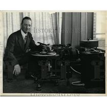 1930 Press Photo N M Drysdale of WHK at Reproducer