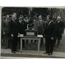 1928 Press Photo Charles Lawrence Receives Collier Trophy President Coolidge