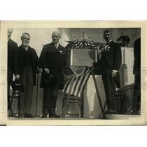 1922 Press Photo Crawford McCullough Rotary Memorial Tablet Secretary Denby
