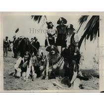 1929 Press Photo Seaside Resort of Santa Cruz California Annual Pirate Gold Hunt
