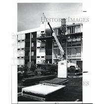 1989 Press Photo Holiday Inn Beachwood - cva88605
