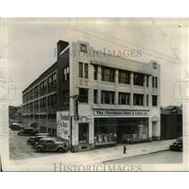 1945 Press Photo Cleveland Paint & Color Co. bought three - storey building