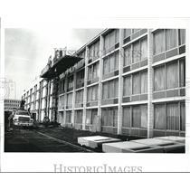 1989 Press Photo Holiday Inn Beachwood, Face List - cva89209