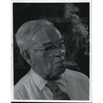 1971 Press Photo John Crawford, Smoking - cva77801