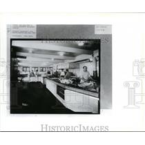 1925 Press Photo Lincoln Davenport Restaurant Dishwasher and crew - spa02622