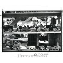 1987 Press Photo Jerry Filisky with the wooden toys - cva99488