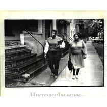 1985 Press Photo Stephanie Pettis and Brenda Torrey, Vista Volunteers