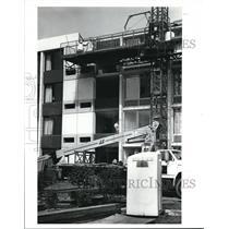 1989 Press Photo Holiday Inn Beachwood, face life - cva88597