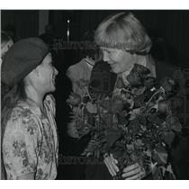 1983 Press Photo Sheri Barnard and Catherine Brook - spa01176