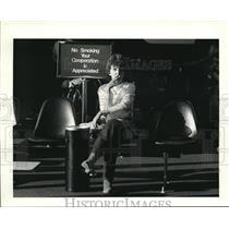 1984 Press Photo Susan Postiy from Sebring, Ohio waits at Hopkins airport