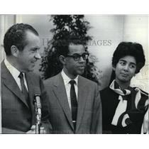 1969 Press Photo Pres Nixon & William H Brown III chairman of Equal Employment