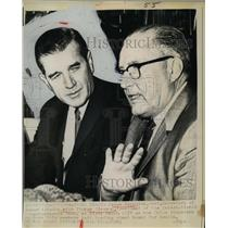 1964 Press Photo James Reynolds Asst. Sec of Labor talks with Thomas Gleason