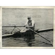 1923 Press Photo Hilton Belyea, Amateur Sculling champion, training at Putney