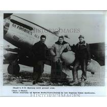 1985 Press Photo Chuck Yeager with his Ground Crew - ora96628