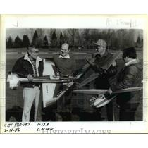 1986 Press Photo Model Airplanes display at park. - orb76450