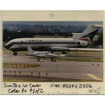 1988 Press Photo Airplanes line up on taxiways at Portland International Airport