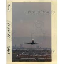 1998 Press Photo A plane taking off at the Portland International Airport