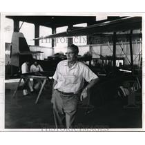 1957 Press Photo Agnus McKinnon Super Widgeon Bull Run Plant - ora57584