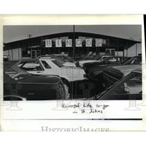 1983 Press Photo Cars Crowd To Play Lombard Bingo Operated By The Church Of Life